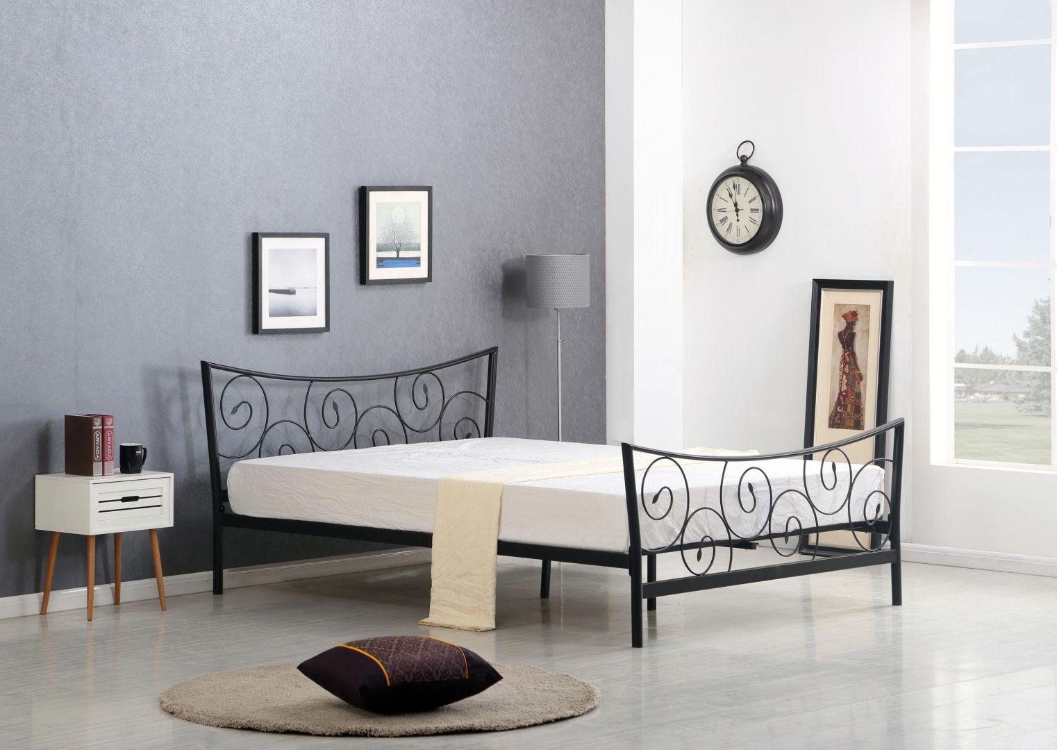 Stylová postel RAMONA